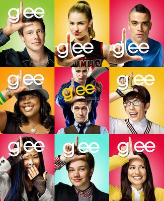 Recomendamos series: Glee, Ryan Murphy, Brad Falchuk e Ian Brennan para Fox TV (2009)