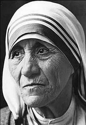 Miradas 15: Teresa de Calcuta o la mirada como humanización
