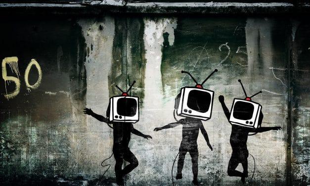 Televisión en la pared VII